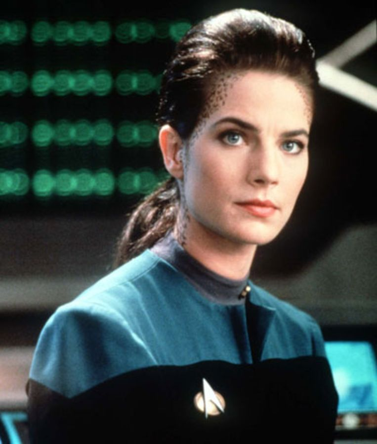 Jadzia Dax, Chief Science Officer aan boord van Deep Space Ninee Beeld Star Trek