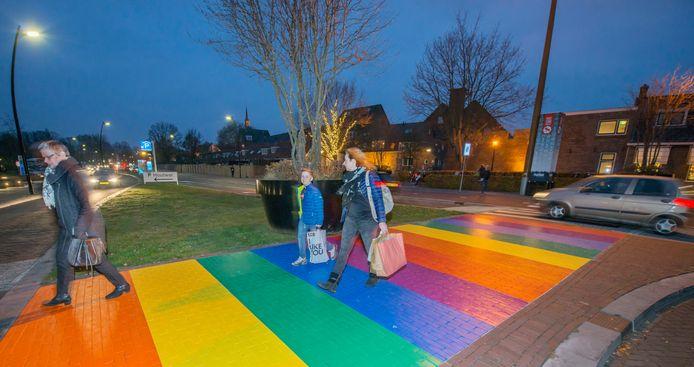 De gemeente Harderwijk kwam deze week met een enquête om het gevoel van veiligheid en tolerantie voor LHBTI+-inwoners te verbeteren.