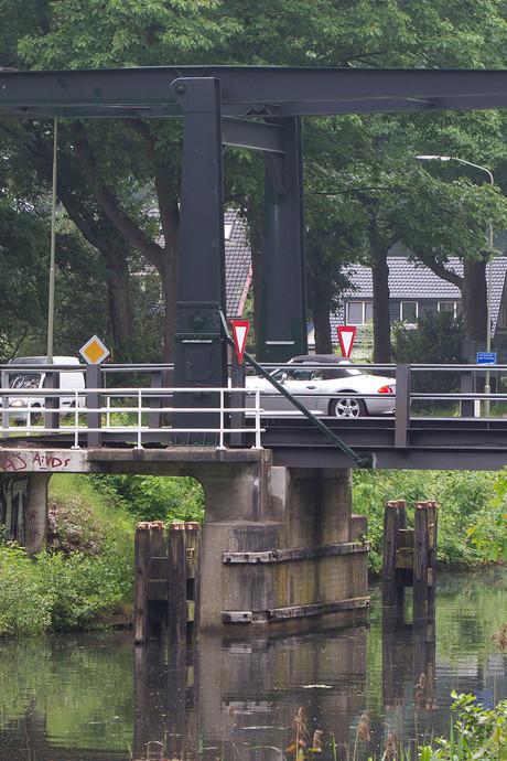 Bruggen Apeldoorns Kanaal moeten beweegbaar blijven