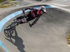 Van brons in Tokio naar zege in Strijp: Merel Smulders plaatst zich voor WK Pumptrack