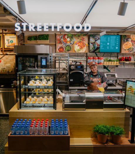 Shell opent voor het eerst een café langs de snelweg: barista's, streetfood en een huiskamergevoel