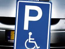 Mag ik uitladen op een gehandicaptenparkeerplaats?