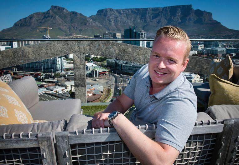 Thomas Verwer, oprichter en CEO van het bedrijf Nedscaper, op het dakterras van het Silohotel in Kaapstad. Nedscaper beschermt gegevens van bedrijven die de cloud van Microsoft gebruiken tegen hackers en randsomware.  Beeld Bram Lammers