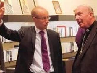 'Vriend van aartsbisschop Léonard' loog zich rijk: 4 jaar cel met uitstel voor oplichting van minstens 70 personen