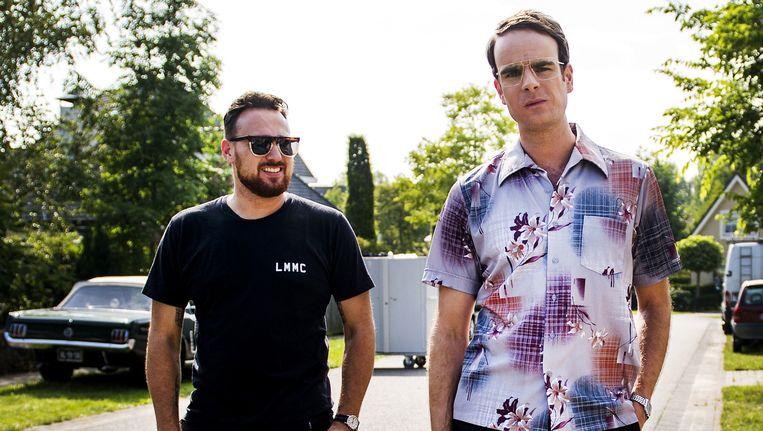 Acteur Henry van Loon (R) en regisseur Arne Toonen (L) op de filmset van de jeugdfilm 'De Boskampi's'. Beeld anp