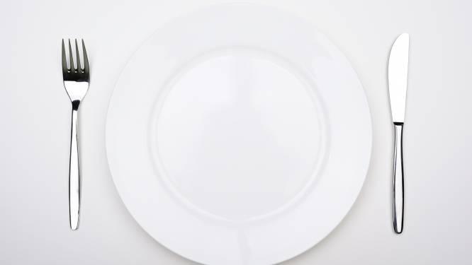 Bezoek aan eetgelegenheid kost vrouwen hun gsm