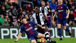 FT buitenland: Vermaelen ontbreekt in kern door enkelblessure - FIFA laat voor het eerst sinds jaren '90 officiële matchen toe in Irak