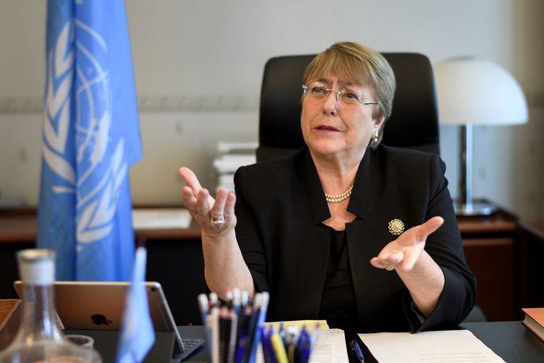 Michelle Bachelet in haar nieuwe kantoor in Genève.  Beeld REUTERS