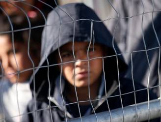 Terugsturen van migranten gaat door ondanks rapport Amnesty