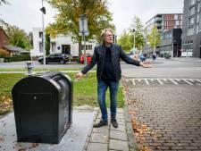 Afvaltruc in Hengelo: voor een prikkie veel zakken in de ondergrondse container