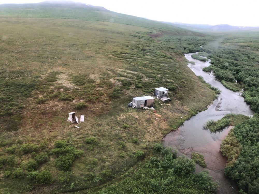 Het kamp van de man in Alaska.