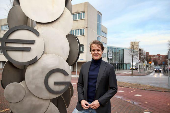 Wethouder Martijn Hamerslag vindt dat hij alle schijn van belangenverstrengeling heeft voorkomen.