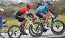 Bert De Backer (rechts) in actie tijdens de AG-Driedaagse Brugge-De Panne van dit jaar.