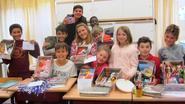 Viblo-leerlingen vullen schoendozen voor arme kinderen