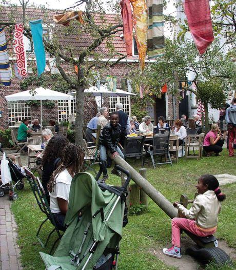 Feestmarkt voor gouden Emmaus Langeweg