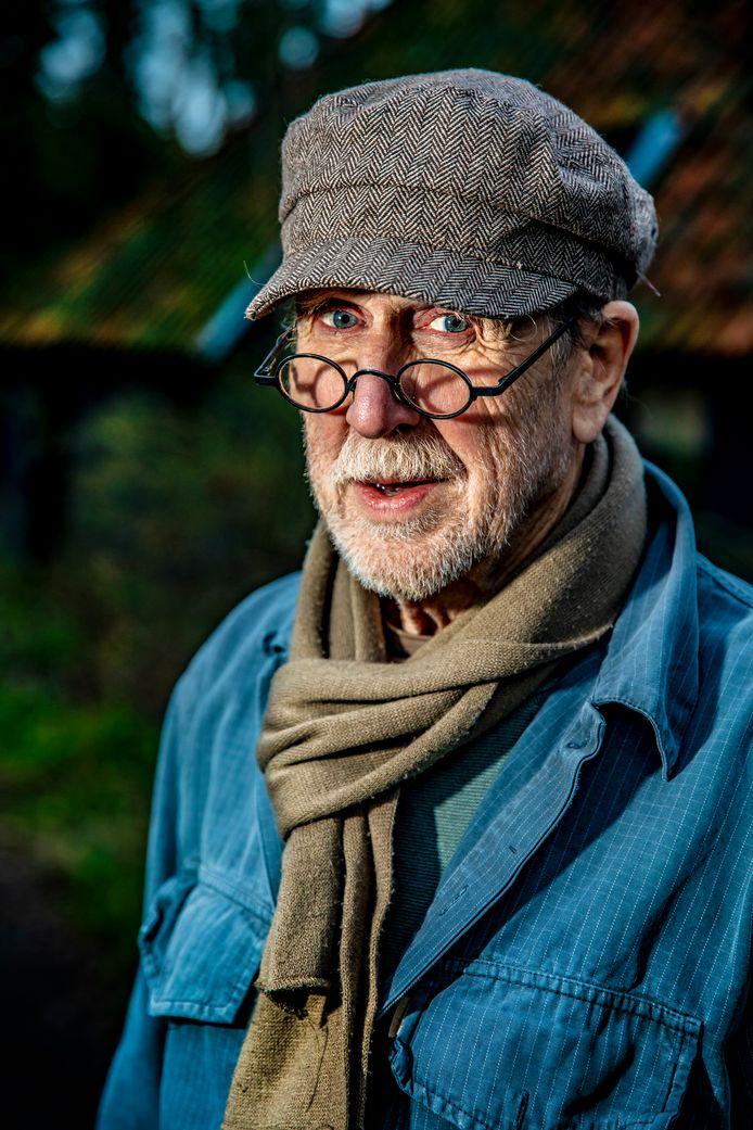 Lochemse schrijver A.L. Snijders (83) plotseling overleden: 'Hij laat een  leegte achter' | Regio | destentor.nl