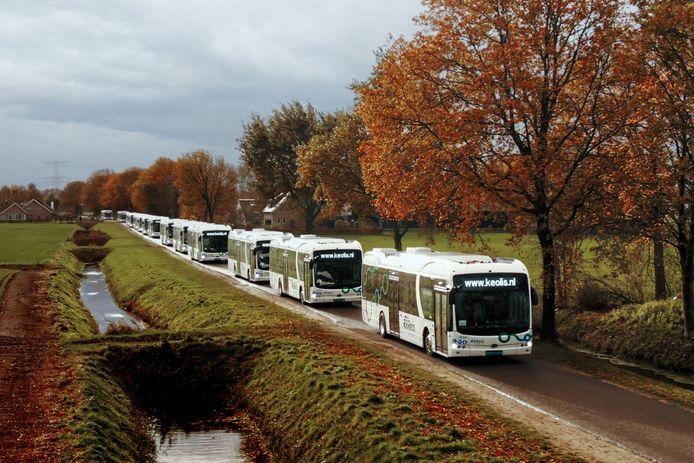 BYD-bussen vorig jaar bij hun aankomst in Nederland. Busvervoerder Keolis bestelde bijna 250 elektrische bussen bij de Chinese bussenbouwer en dat zorgde politiek voor grote ophef in de Oost-Nederlandse provincies, Den Haag en Brussel.