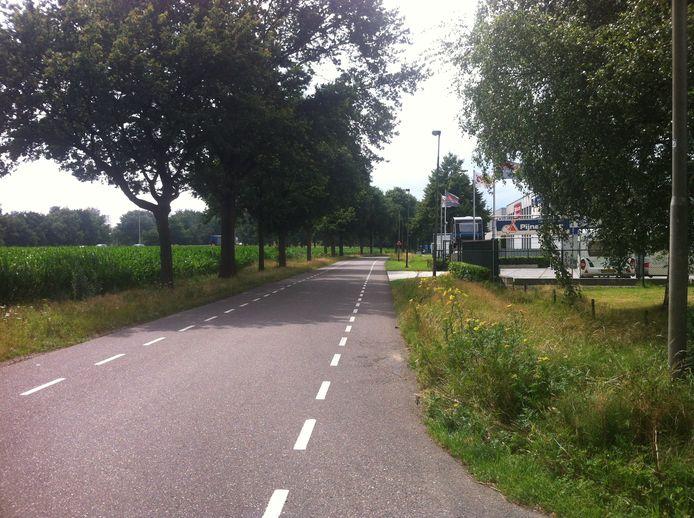 De d'Oultremontweg bij Elshout.