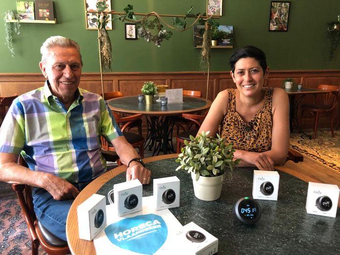Miel Mattheus, pr-verantwoordelijke van HoReCa Oost-Brabant en Carole Moers, secretaris HoReCa Oost-Brabant en uitbaatster Alpha Hotel in Tienen.