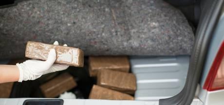 Celstraf van 3,5 jaar geëist tegen man die met auto vol drugs op A58 werd gepakt