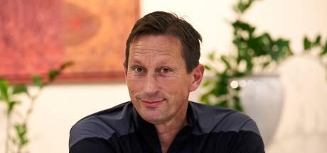 Schmidt voor EL blij met wake up-call Emmen: 'Onze spelers zijn op en top gemotiveerd'