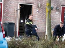 Verdachte aanslag Urk meldt zich nog niet; 'Geen lieverdje', volgens dorpsbewoners