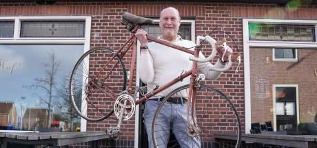 Hier is het altijd wel een beetje koers: café Bij 't Hof blijft 't epicentrum van het Westlands wielrennen
