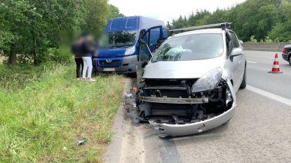 E40 tijdlang versperd door ongeval in Loppem
