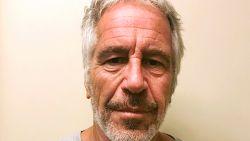 Epstein ondertekende twee dagen voor zelfdoding zijn testament en stak hele fortuin in trust