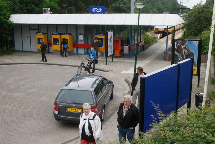 Er zouden meer sprinters moeten stoppen op station Rhenen.