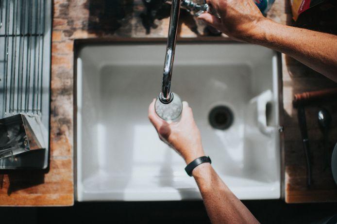 L'eau du robinet souffre encore d'une mauvaise réputation, surtout chez les plus de 55 ans.