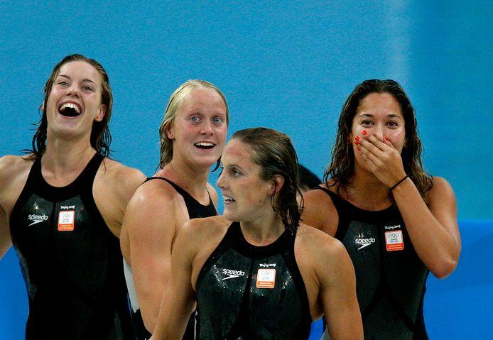 Peking, 2008: Marleen Veldhuis (tweede van rechts), geboren in Borne, heeft met (vanaf links) Femke Heemskerk, Inge Dekker en Ranomi Kromowidjojo olympisch goud veroverd op de 4 x 100 meter vrije slag.