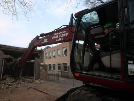 Eerste happen genomen uit panden die plaatsmaken voor nieuw gemeenschapshuis Asten