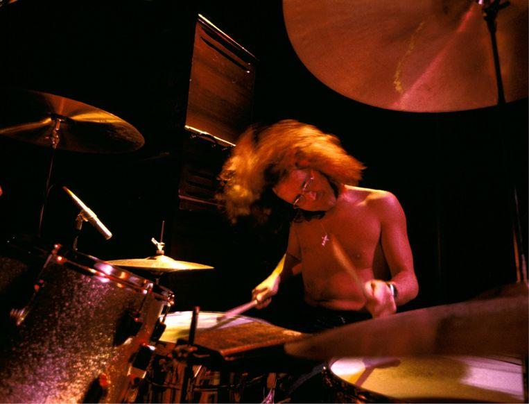 'Ik ben geen dictator, ik laat de andere bandleden alle ruimte om zelf iets te bedenken. Zij moeien zich niet met mijn drums en ik niet met hun teksten, keyboardriffs of gitaarpartijen.' Beeld