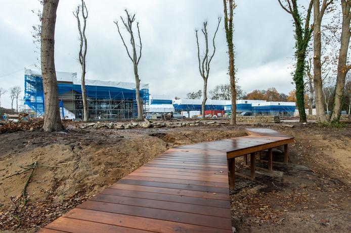 SpaOne, wat het  grootste wellnesscentrum van de regio moet worden, staat nu volop in de steigers.