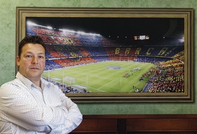 Harold van Veghel uit Schijndel organiseert normaal gesproken zakelijke reizen naar sport- en cultuurevenementen, zoals wedstrijden van FC Barcelona.