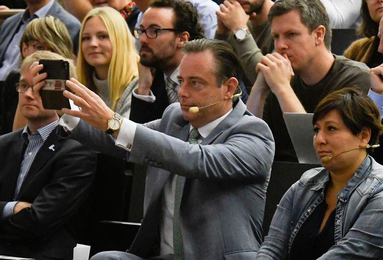 Bombardeert voorzitter Bart De Wever N-VA tot dé volkspartij van Vlaanderen? Beeld Photo News