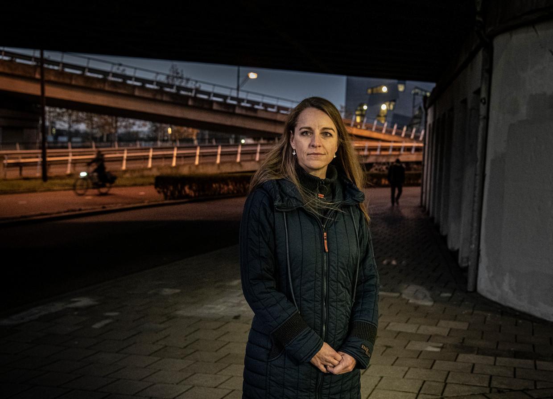 Jetske van der Schaar (1980) krijgt op basis van haar DNA met 100 procent zekerheid alzheimer op jonge leeftijd. Ze doet mee aan een experiment in de hoop dat er een behandeling gevonden wordt.