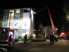 Scheur in gevel van flatgebouw Tiel: bewoners vierde verdieping tijdelijk elders ondergebracht
