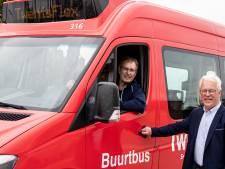 Buurtbus Rijssen-Holten rijdt weer op volle kracht: 'Elke rit is als een schoolreisje'