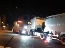 Tankwagen zonder kenteken weggesleept in Enschede