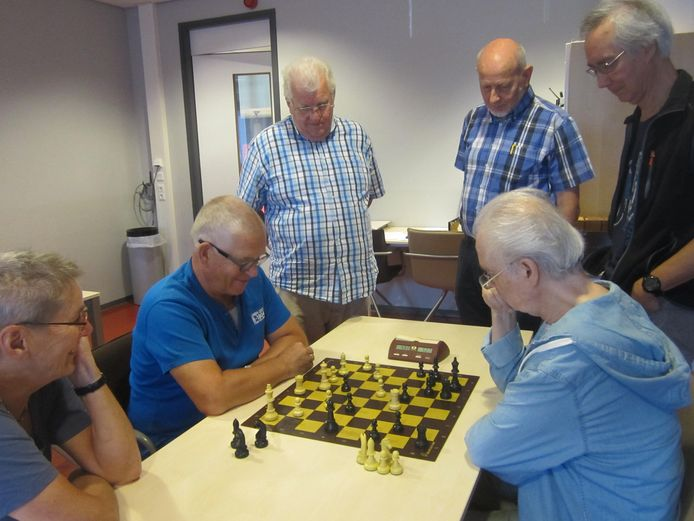 Schaken op hoog niveau gebeurt in Apeldoorn tijdens de bekerfinale op 10 mei.