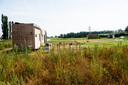 Er staan inmiddels drie tiny houses aan de rand van Zuidbroek. Links die van Dirk en Charlotte.