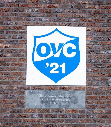 Het jubileumboek van OVC'21 is na anderhalf jaar af