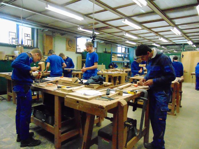 VTI Poperinge en De Ast namen deel aan de Houtproef.