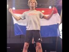 Bodhi Bos uit IJsselmuiden wint Iron Man op WK Freestyle Voetbal: 'Ik loop de hele dag met een bal onder mijn arm'