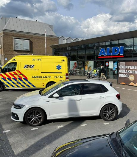 Man in hals gestoken na ruzie bij kassa van de Aldi in Eindhoven