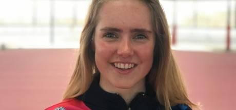 Eline Jansen (19) uit Deventer naar Team Frysk: 'het wordt tijd voor aansluiting met de nationale schaatstop'