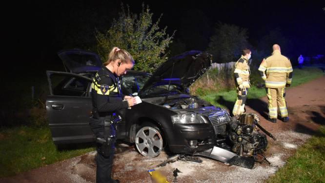 Motorblok uit auto geslingerd na mislukte inhaalpoging in Weurt