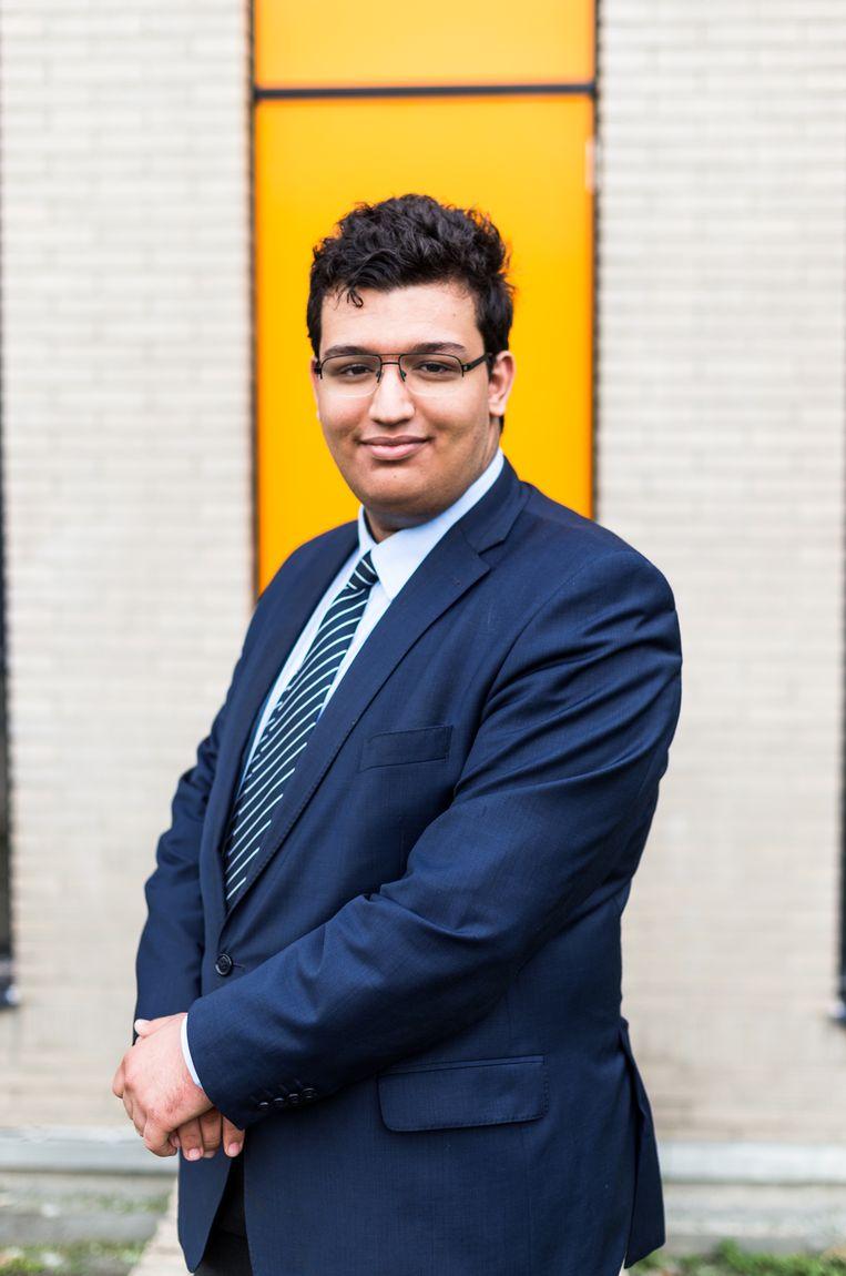 Othman El Hammouchi: 'Flexibel is het codewoord. Dat stoort me. Waarom die focus op het eeuwig jong en efficiënt blijven?' Beeld Eva Beeusaert